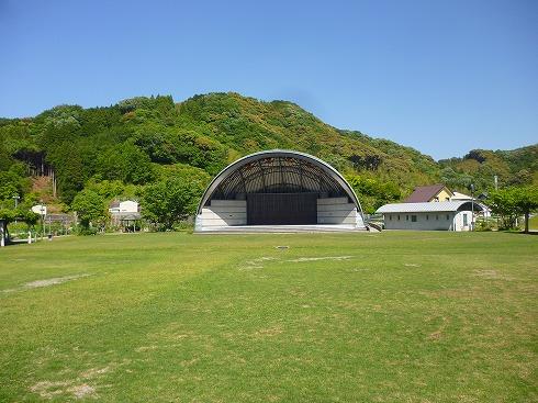総合運動公園 - 野外劇場