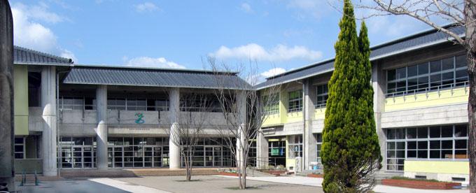 横浜新町小学校